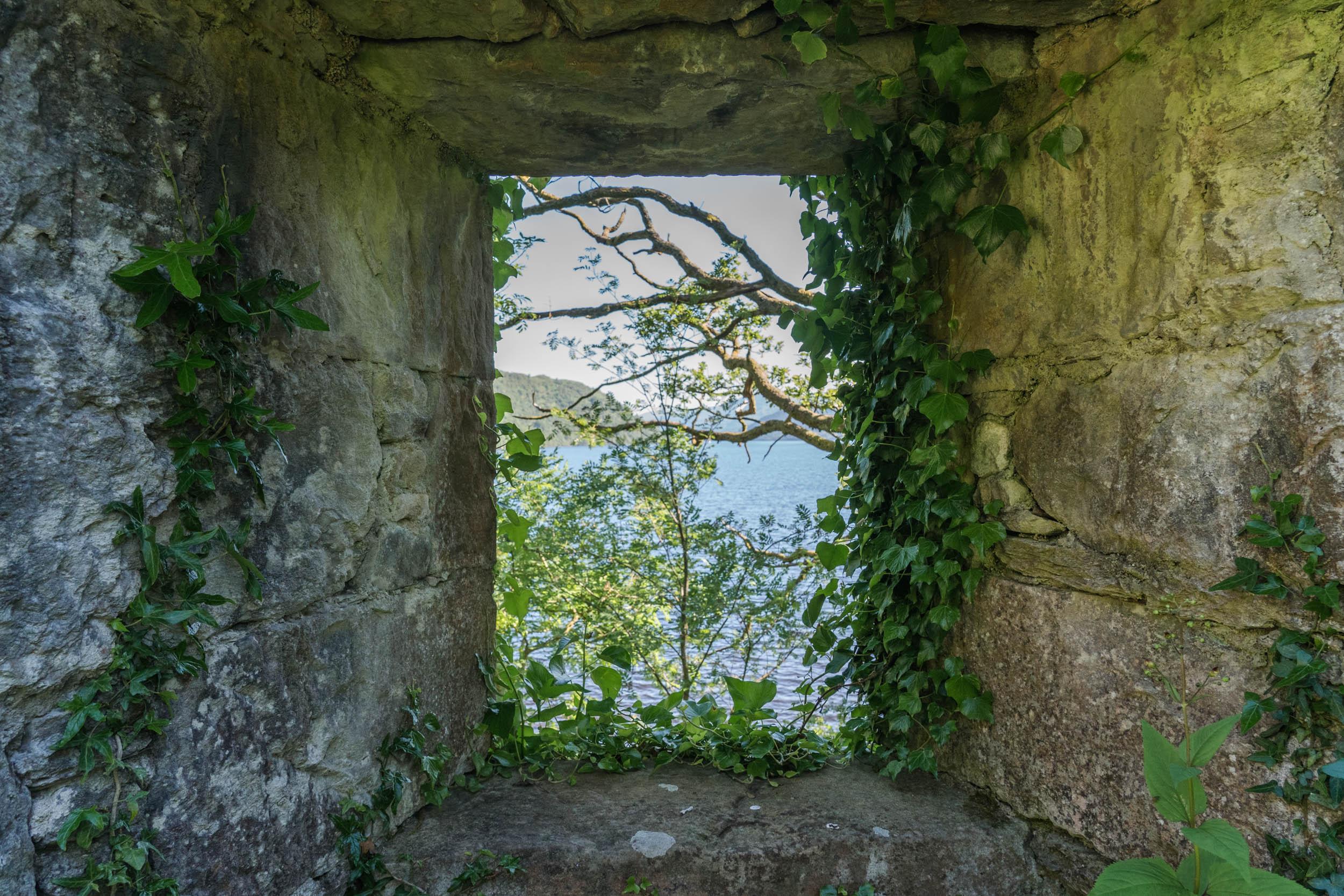 Island I Vow, Loch Lomond