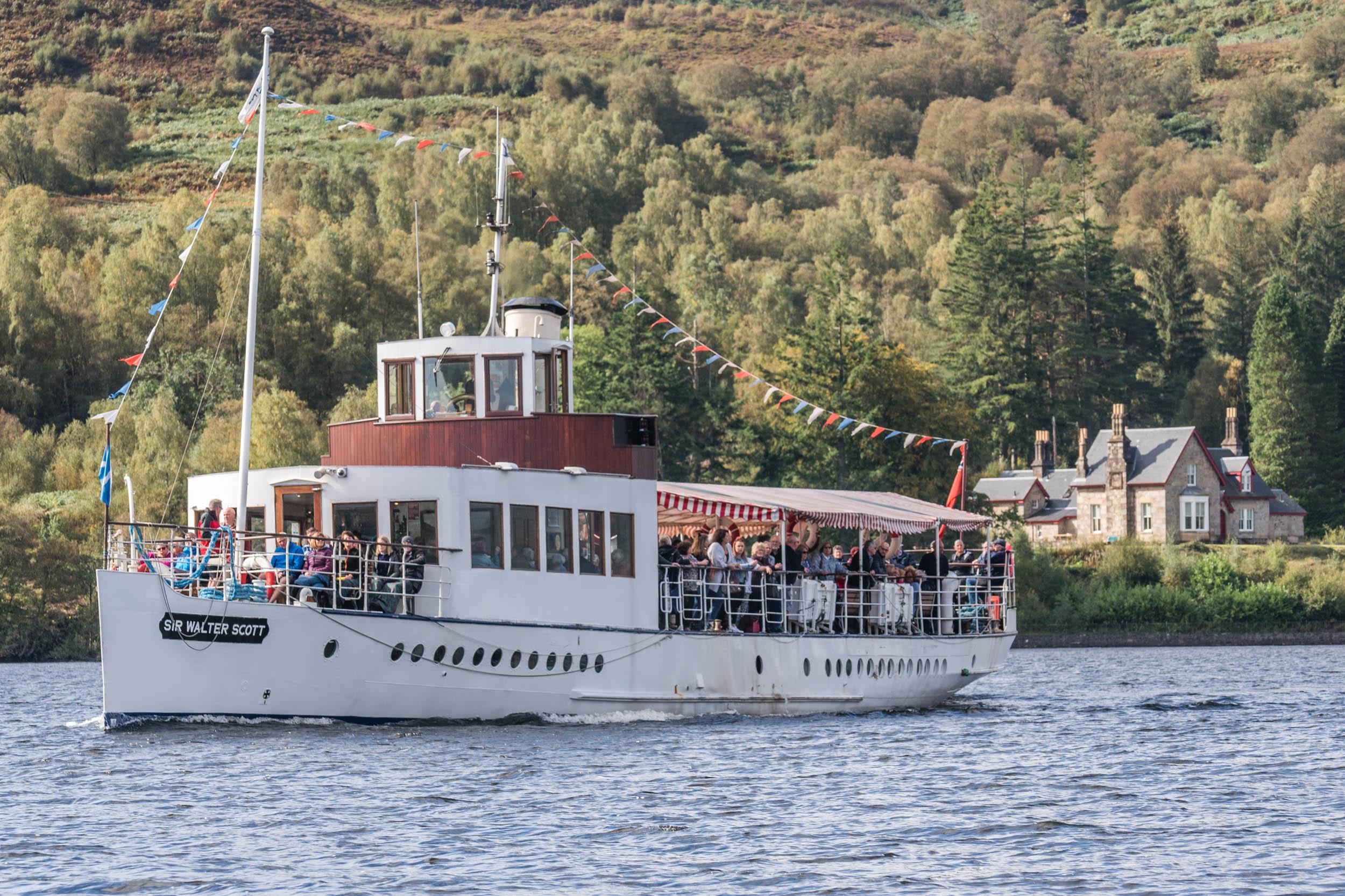 Steamship sailing past Royal Cottage