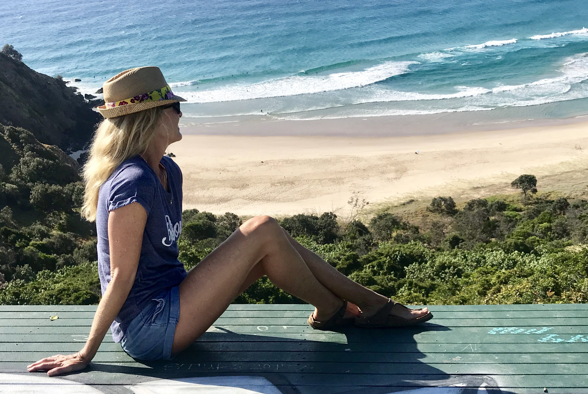 Where hang-gliders and seagulls hang out … overlooking Cosy Corner at Tallows Beach