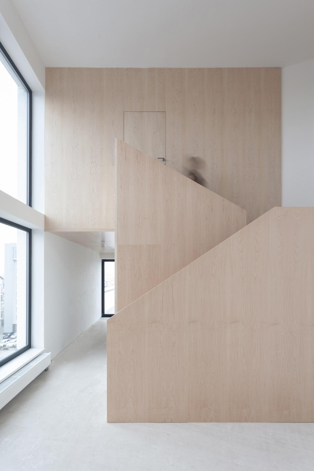 Focus-archi-magazine-architecture-Urban-Infill-Chybik-Kristof-escalier.jpg