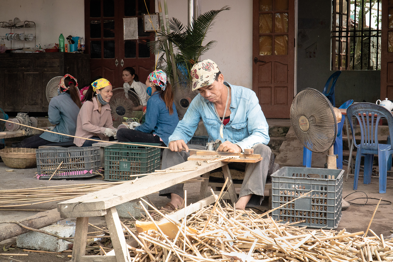 Jungle-Straws-Farm-Thanh-Hoa-Vietnam-Bamboo-Straw.jpg