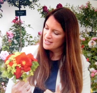 Rachel de Thame - The rose had its UK launch at the Hampton Court Flower Show at the end of June 2015.TV presenter Rachel de Thame chose Rosa 'WB Yeats' for special mention in her coverage of the year's new roses on BBC2, saying that it was one of her favourites.