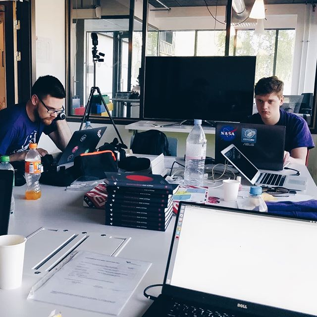This weekend we were mentoring teams at Riga spacetech hackathon. It's awesome that the best way to learn and become better at your field is to teach it and help others! • #space #tech #startups #datamob #machinelearning #mentoring #garage48