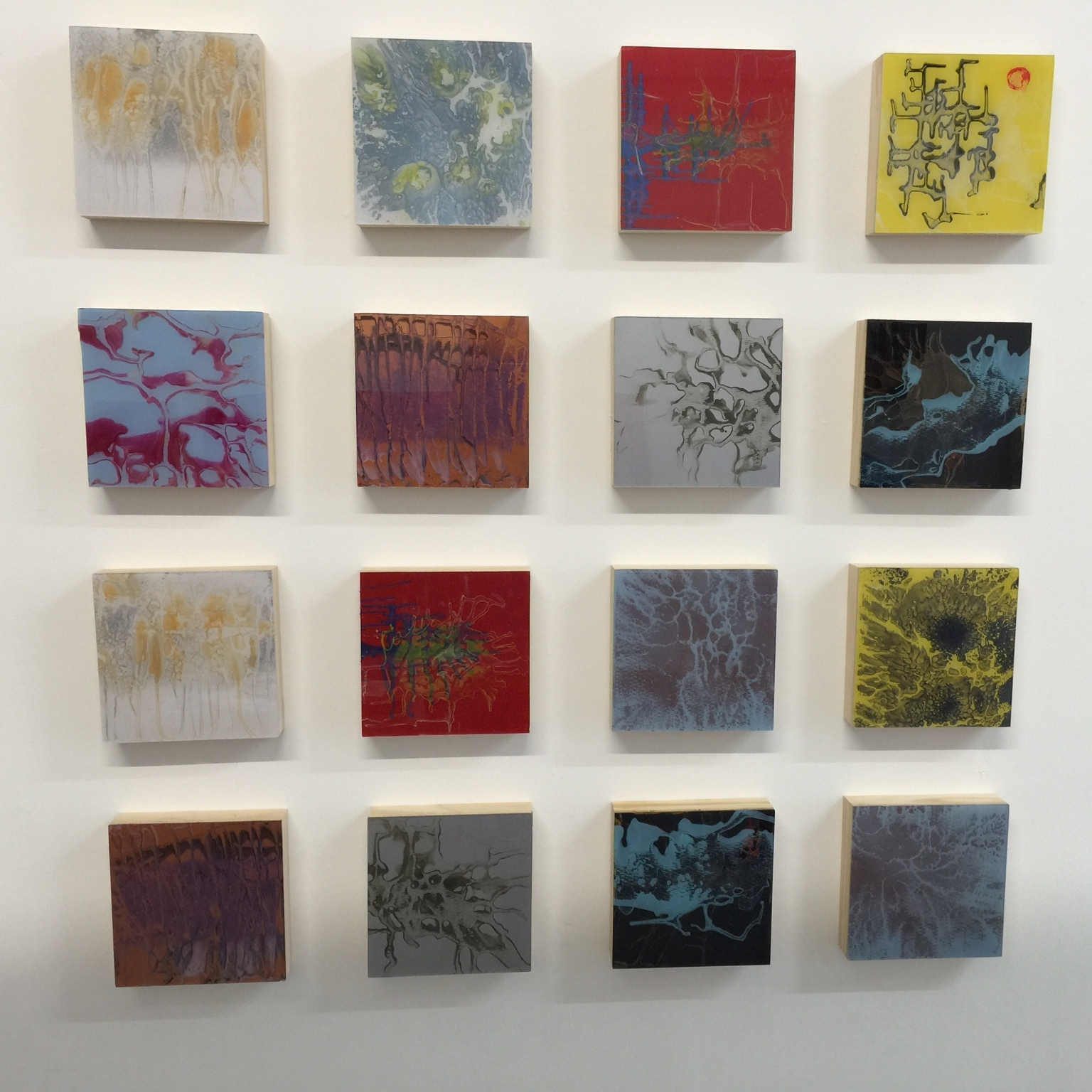 Wall of 8 x 8 inches