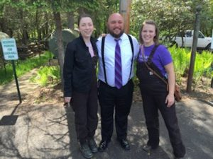 Marshall with Alison Molnar (left), BA Sustainability '18 and Sarah Daugherty (right), BS Sustainability '18