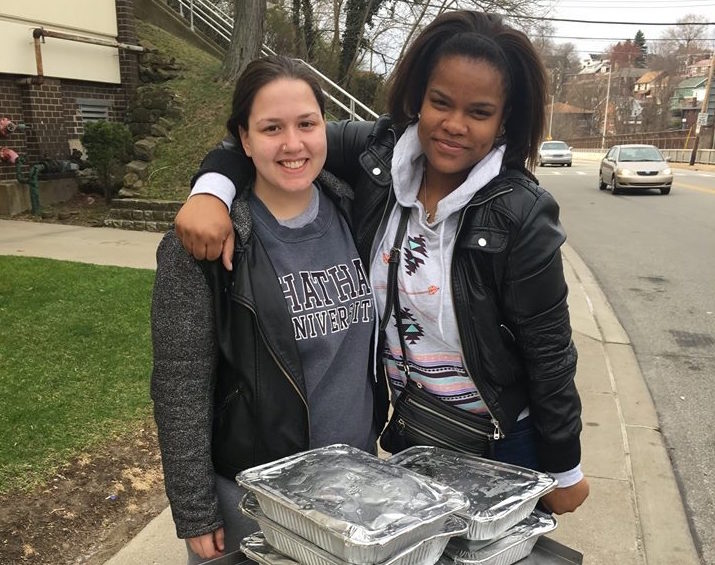 Natalie Jellison '17 (left) with Chatham student Charlise Oliver '18 on a 412 Food Rescue run