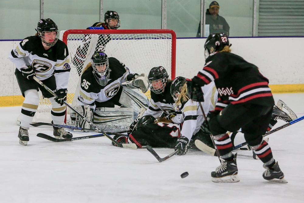 Hockey Girls _MG_0569_web.jpg