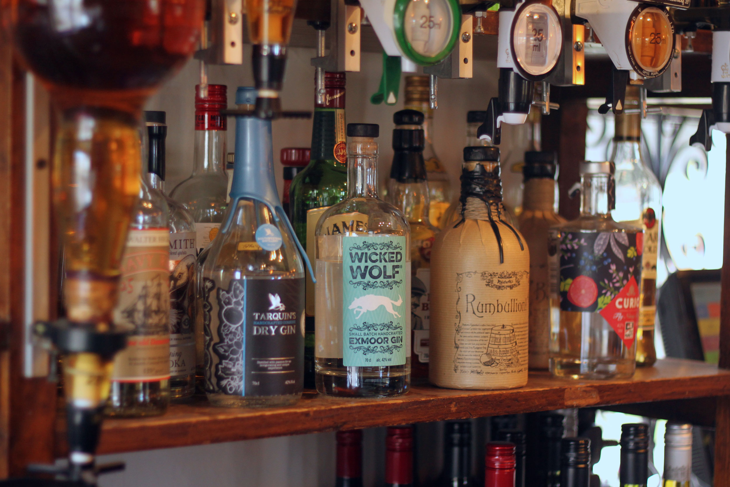 The-Thatched-Inn-Gins-Spirits-Cocktails.jpg