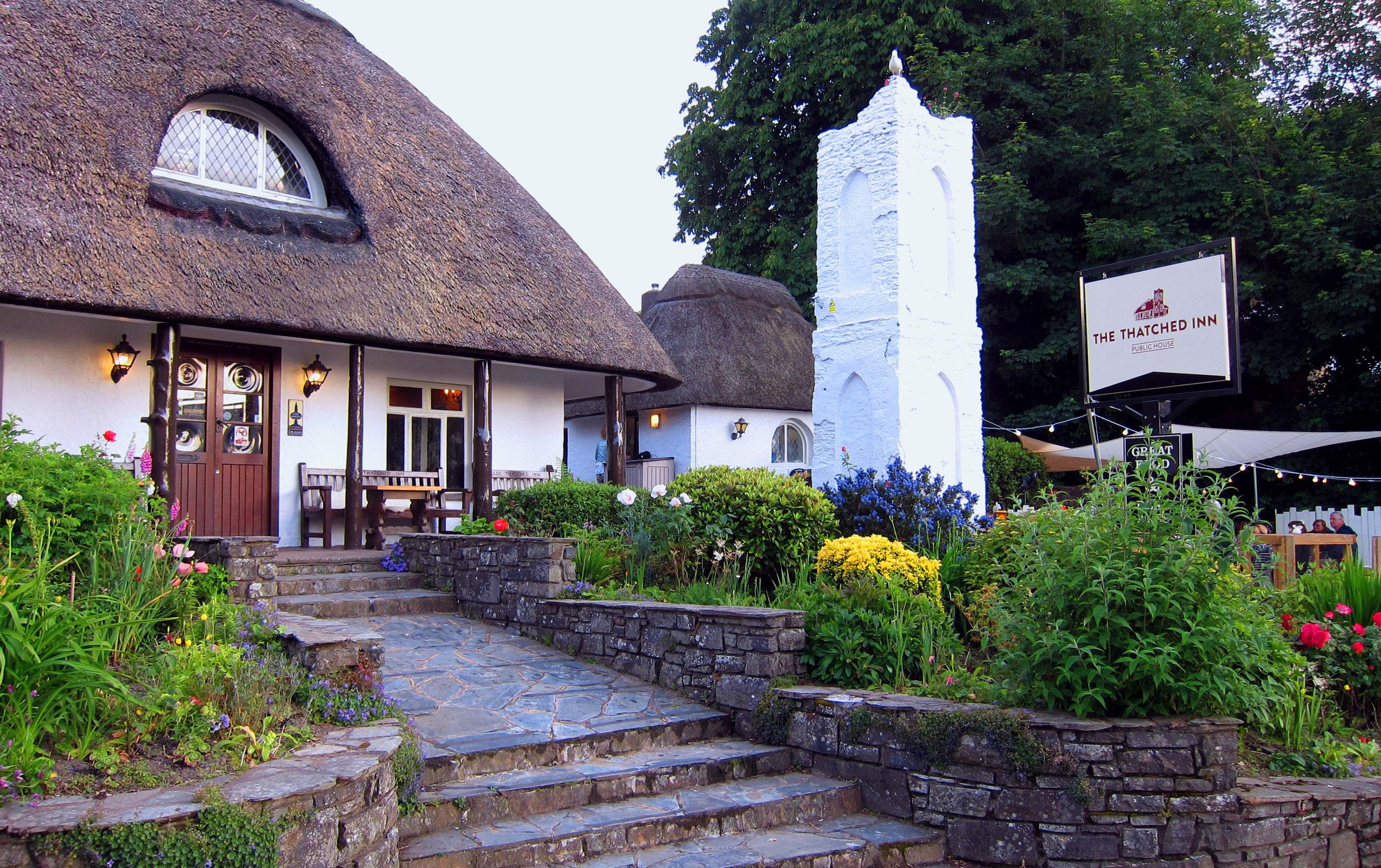 The-Thatched-Inn-Sunday-Ilfracombe.jpg