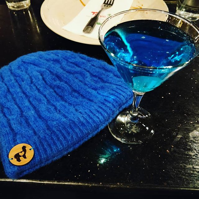 Cheers to a fabulous day @ North American Alpaca Show! When your martini matches your hat 😍#alpacashow #thatcolortho #neafp #alpacabutton #usamade