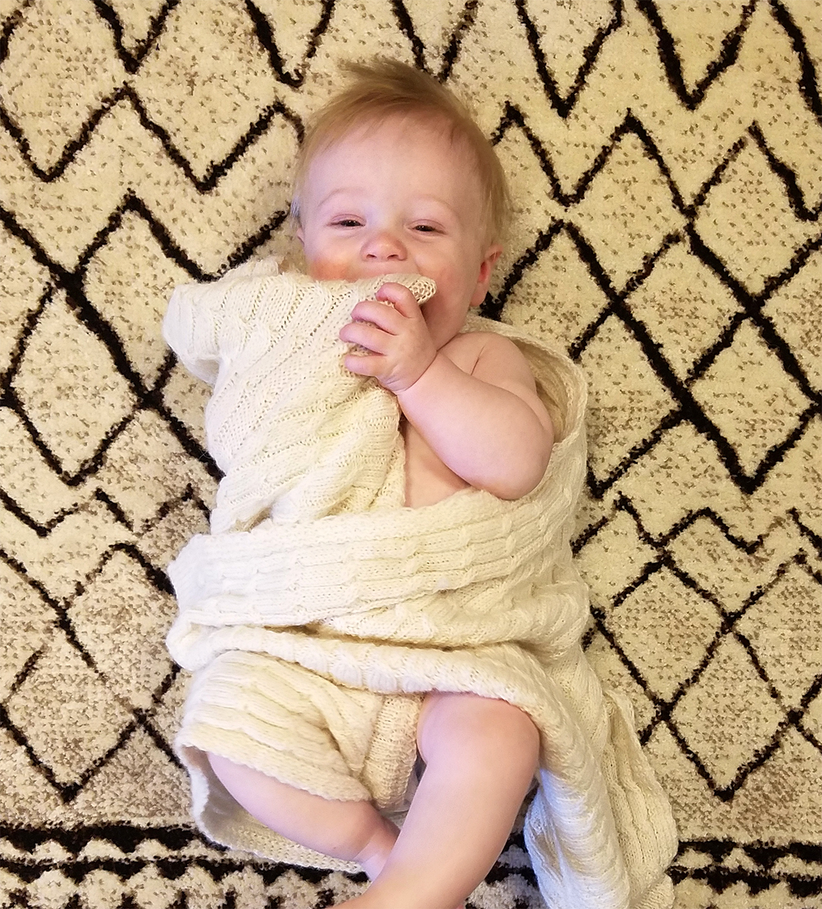 cozy_baby_blanket_white.jpg