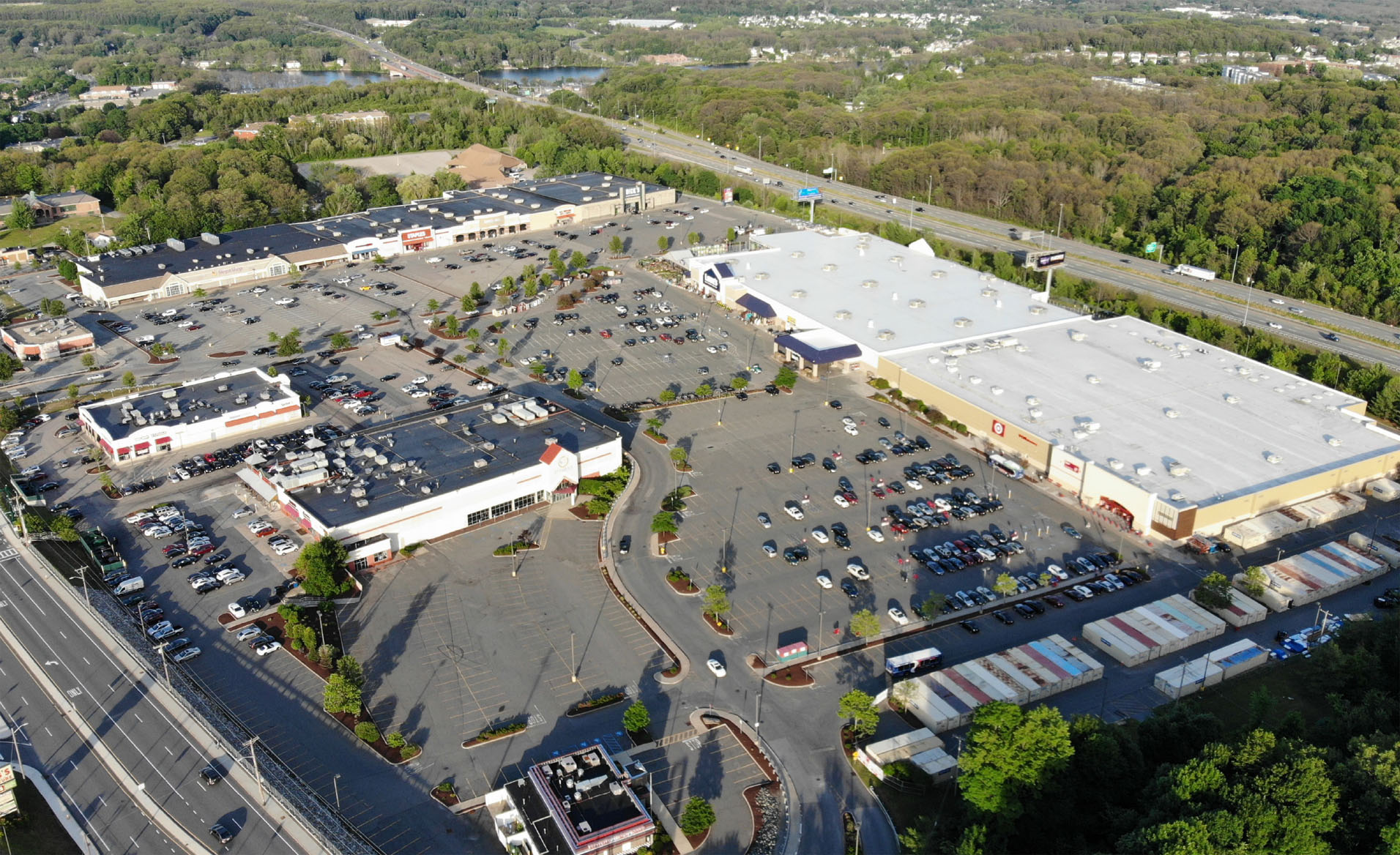 Location: Worcester, Massachusetts Size: +/-1,250 SF, 1,439 SF, 37,180 SF Pad Sites: +/-3,850 SF, 6,500 SF