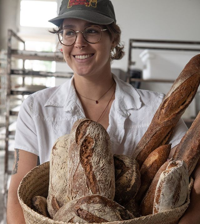 8 AM: Bellegarde opens and you smell that fresh-baked bread. ⠀⠀⠀⠀⠀⠀⠀⠀⠀ 8:01 AM:…. ⠀⠀⠀⠀⠀⠀⠀⠀⠀ 😄 ⠀⠀⠀⠀⠀⠀⠀⠀⠀ Come by and see us this weekend! We've got fresh bread, fresh pasta, flour, grits, cornmeal, coffee and more! ⠀⠀⠀⠀⠀⠀⠀⠀⠀ #Bellegarde #bakers #bakery #bakerylife #bakerylove #breadmaking #breads #breadbosses #breadbaking #breadlove #homemadebread #bakingbread #bakinggoals #Instagood #love #realsimple #photooftheday #food #foodporn #bakingtime #bakingfromscratch #neworleans #batonrouge #eaternola #eatingnola #BReats #wherenolaeats