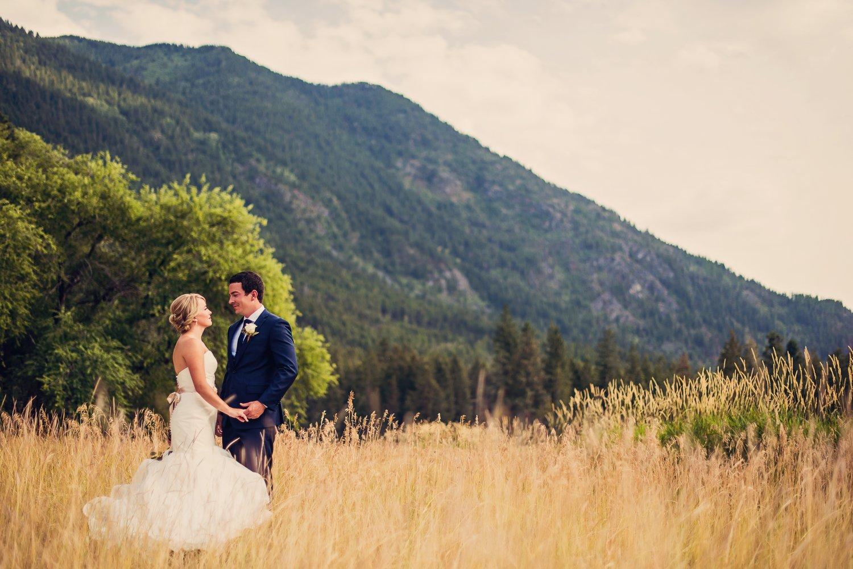 Rustic Montana Weddings_Weatherwood Homestead_Columbia Mountain.jpg