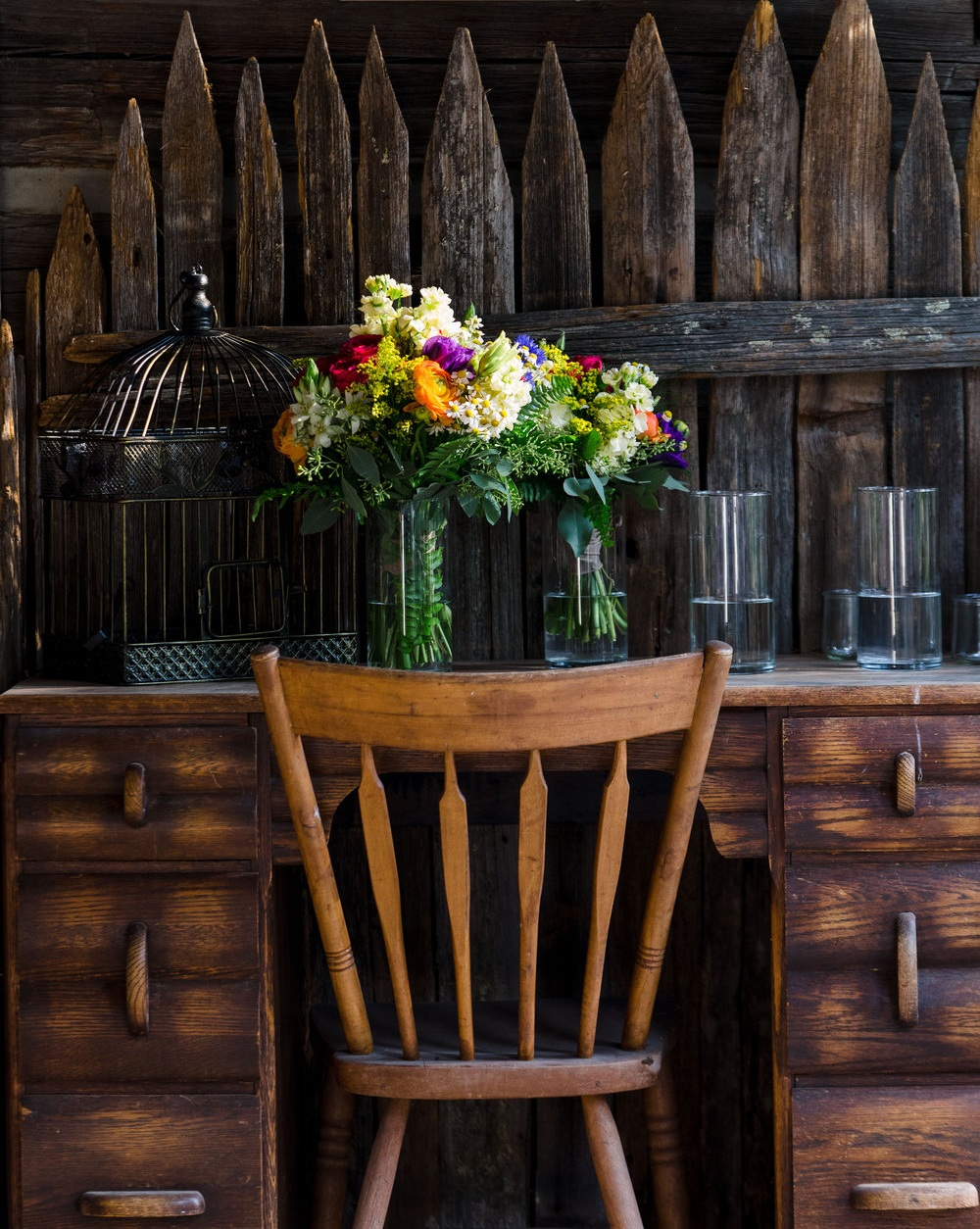 Weatherwood Vacation Rentals_Rustic Flowers