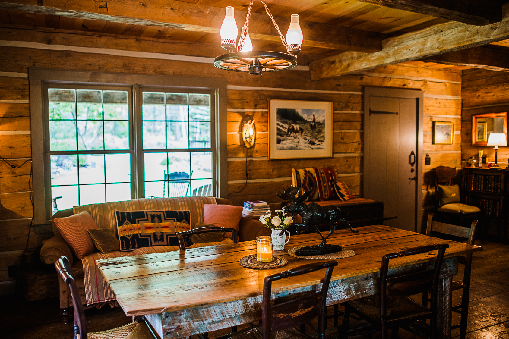 Rustic Montana Vacations_Weatherwood Homestead_Main Cabin
