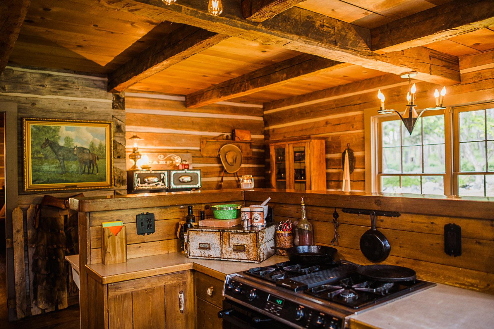 Weatherwood Homestead_Rustic Kitchen
