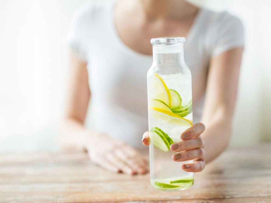 lemon-water-glowing-skin.jpg