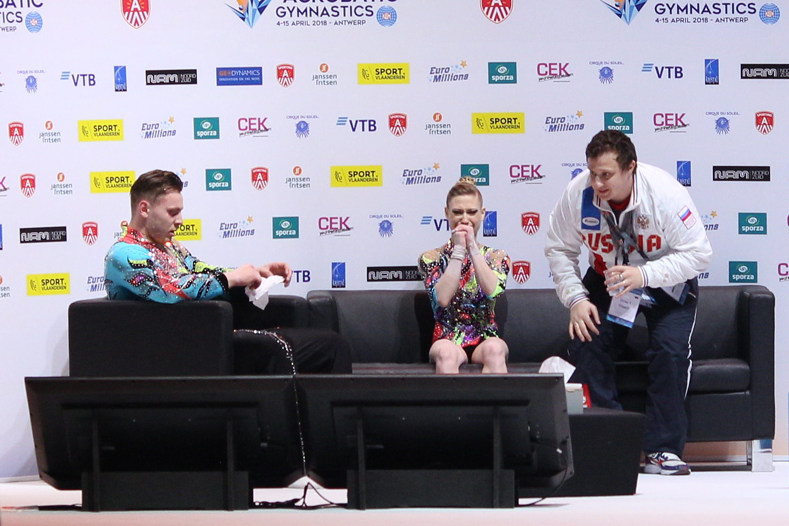 3-times World Champion! - With this performance Marina Chernova became a World Champion for the third time in a row, in 2014 with Revaz Gurgenidze as her partner and, 2016 and 2018 with Georgy Pataraya.