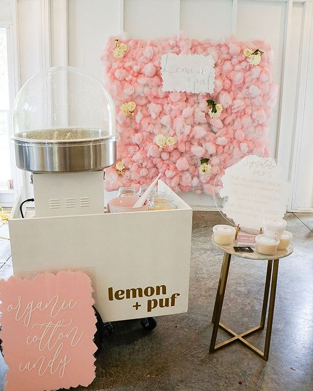 """The full setup at Lovesick last weekend!🙌🏼 We served our salted caramel flavor and called it the """"salty groom""""😂 There's a lot more unique cotton candy flavors we offer, and we love creating custom flavors for events!😋"""