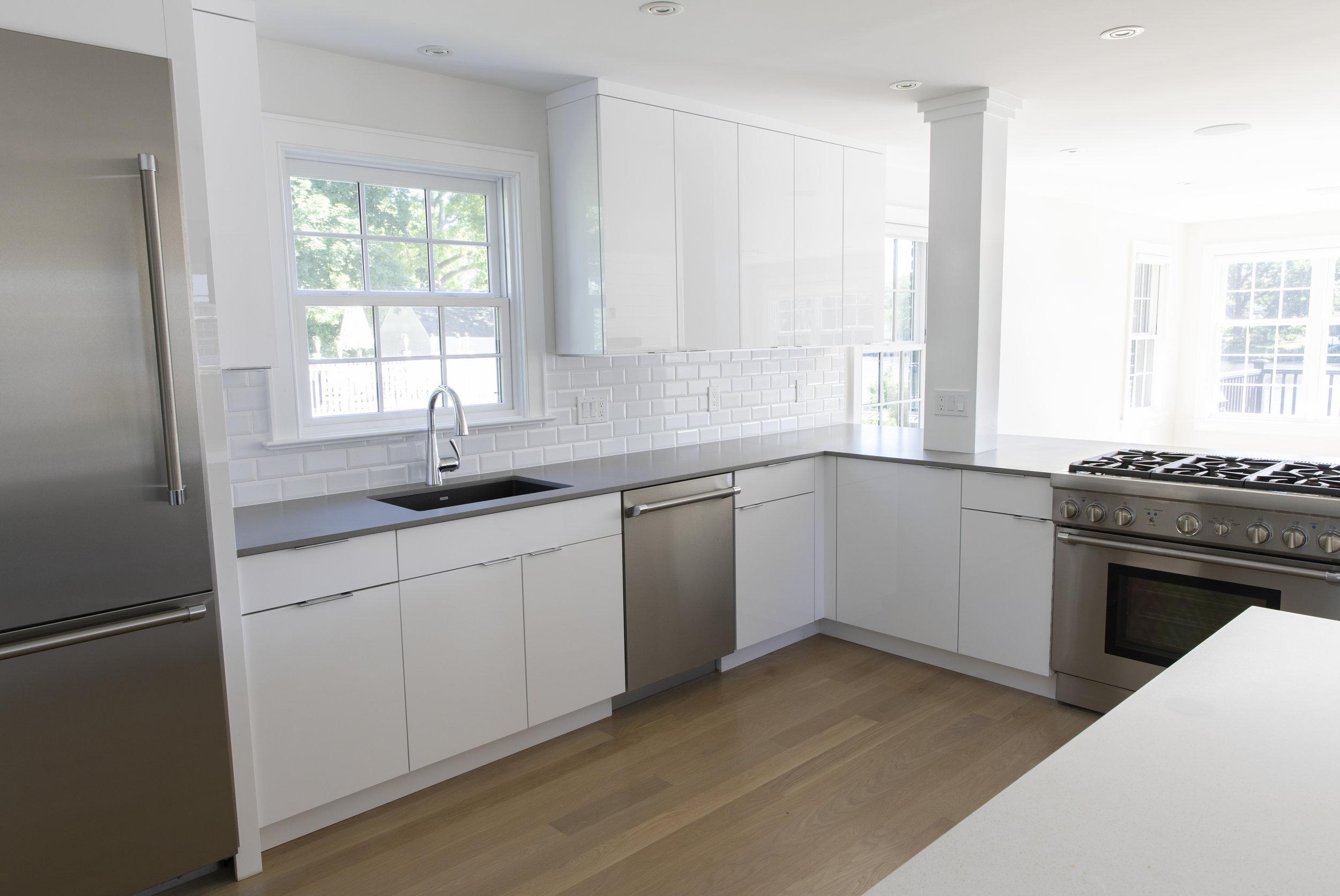 38 kitchen angle 2.jpg