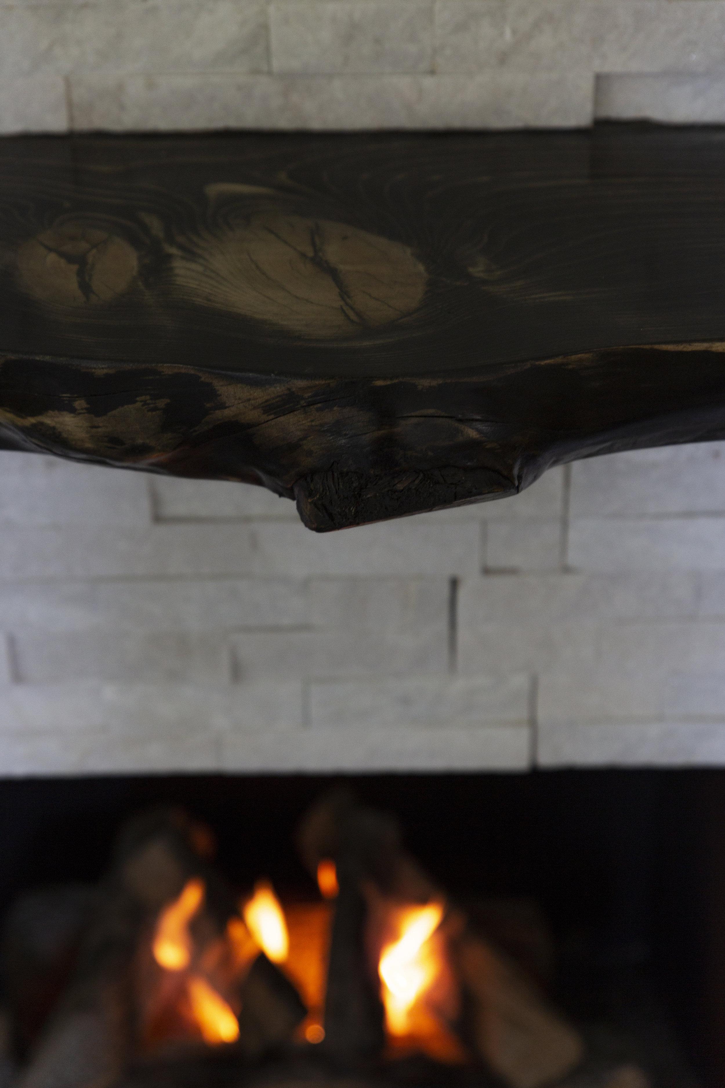 38 fireplace lit mantle.jpg