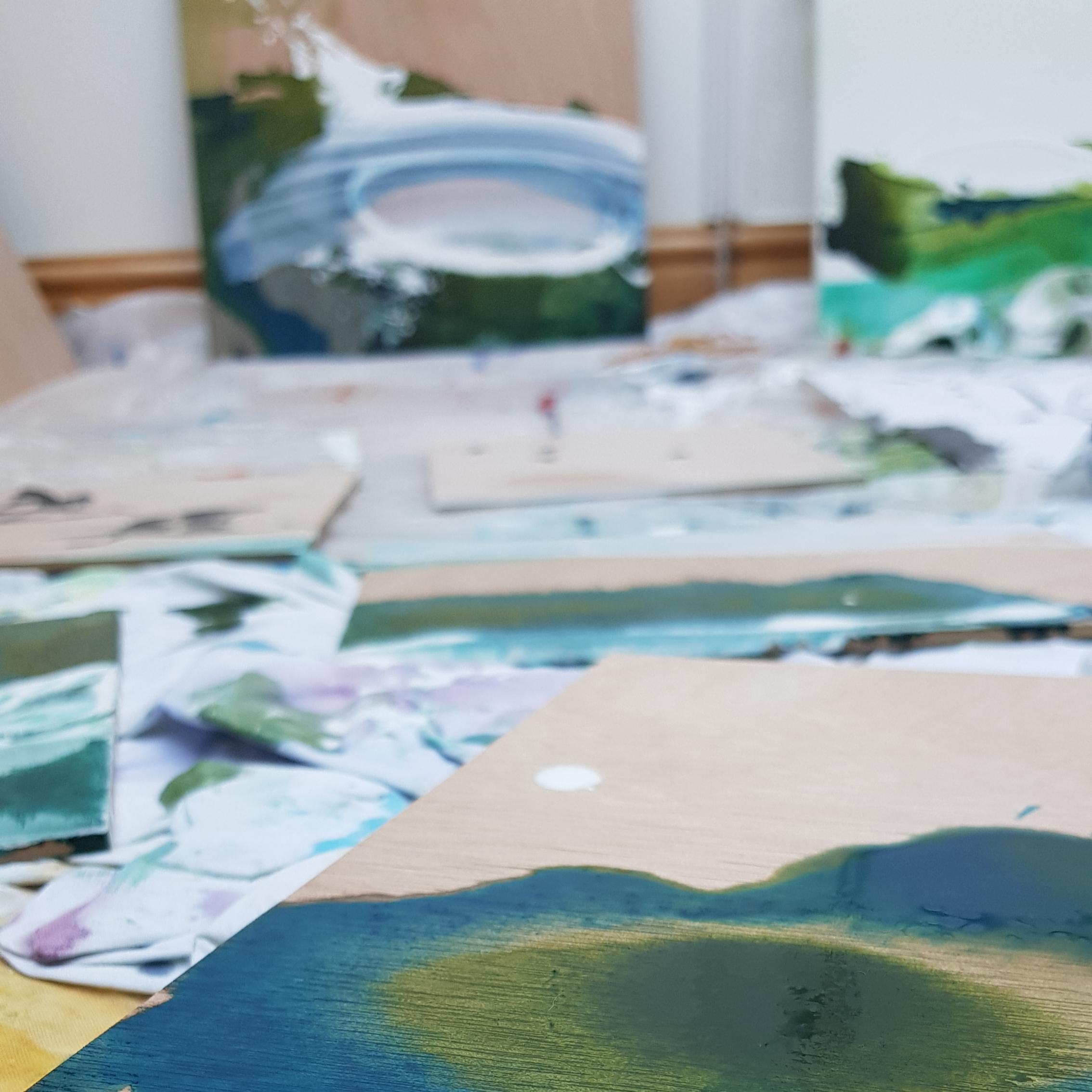 How a painting comes together - taraleaverart.com