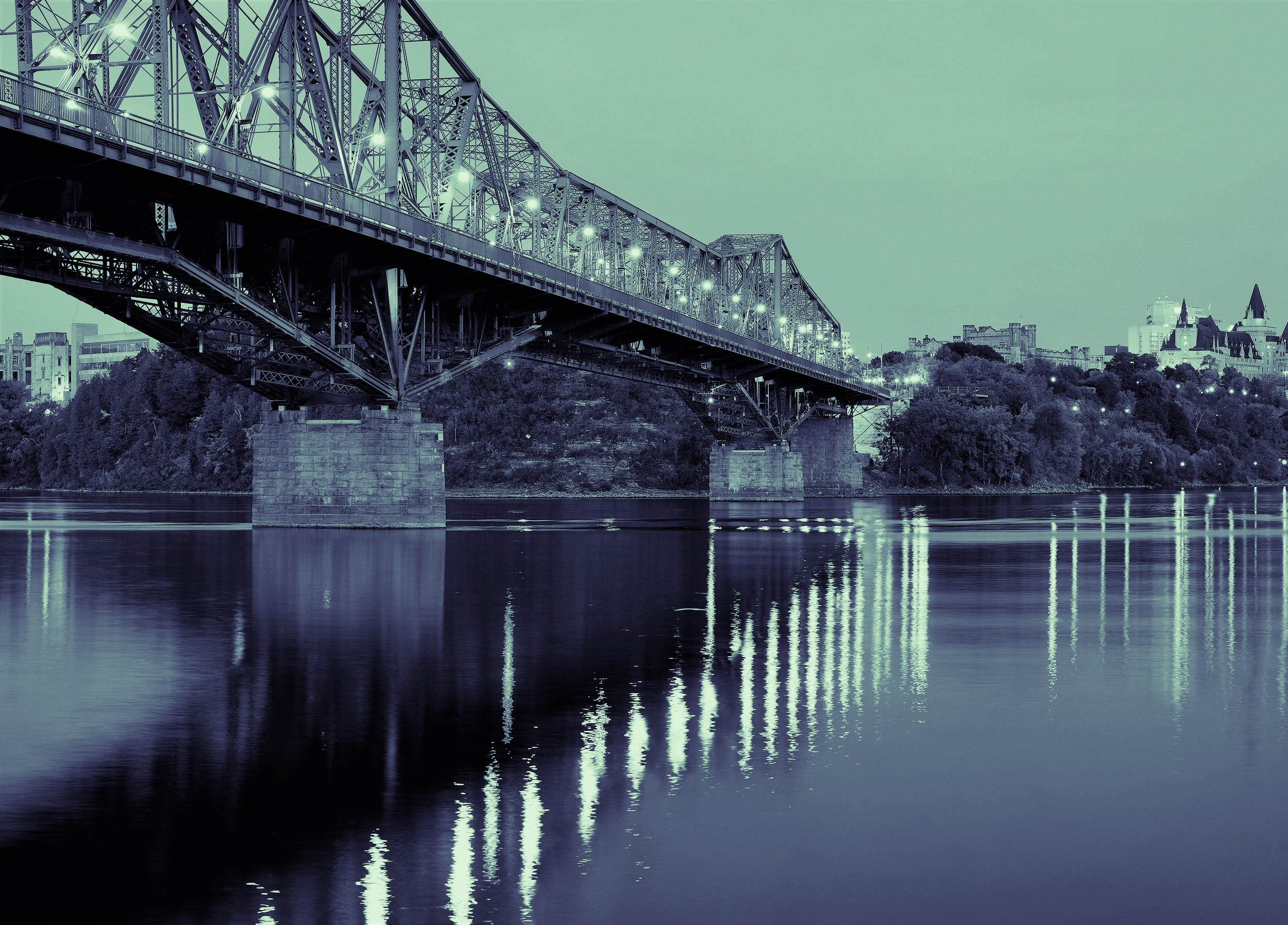 Ottawa Skyline - Alexandra Bridge