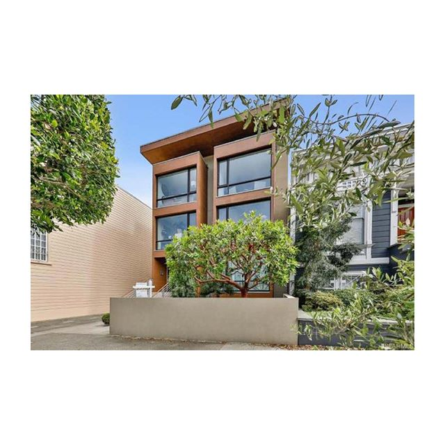 3351 Clay St, Top Floor, #3. #forsale . . . . #sfre #sf #homestaging #sanfrancisco #forsale #sfhomes #homedecor #interiordecorator #interiorstylist #homeinspo