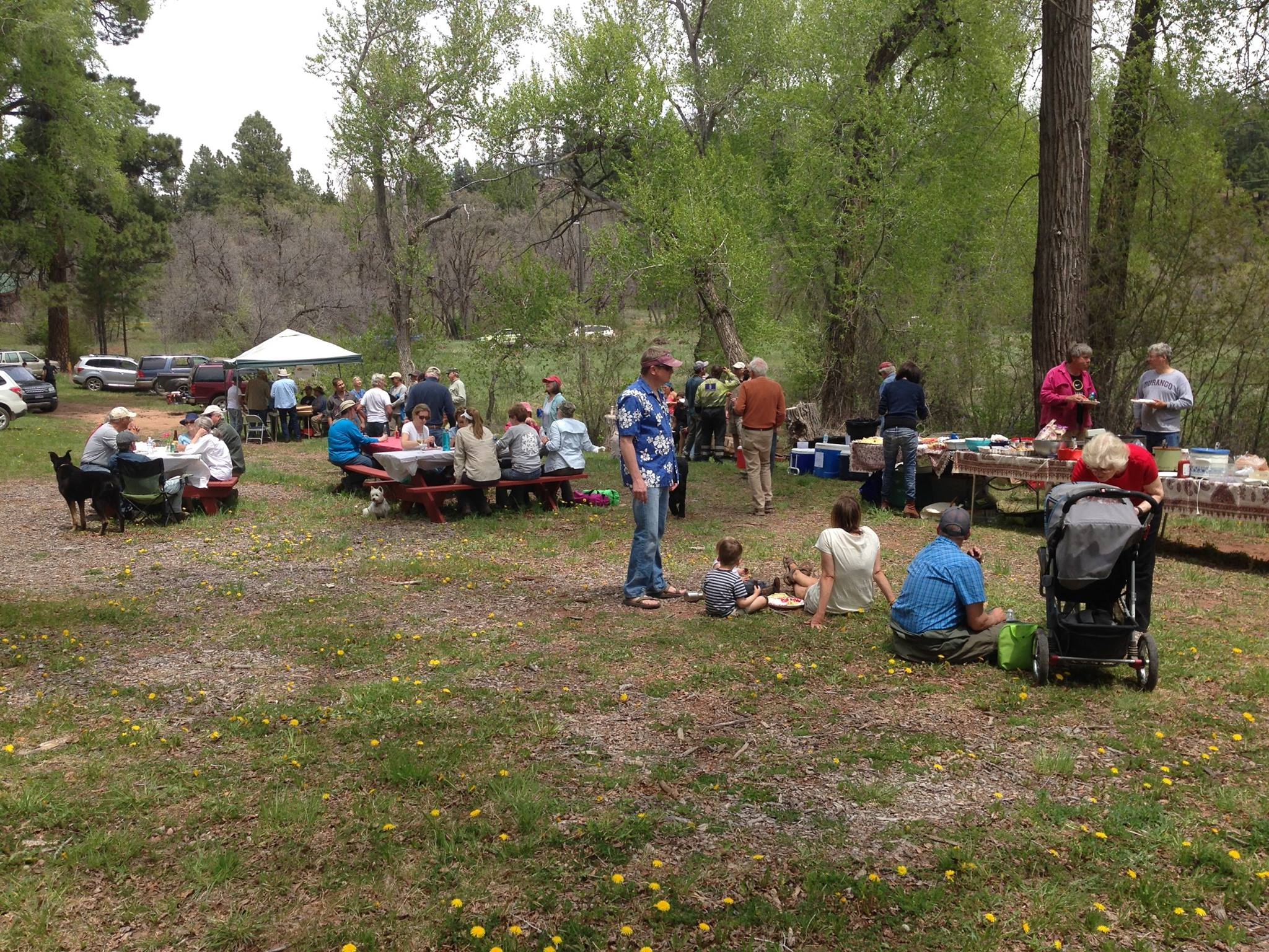 Mini Grants can be used to bring your neighbors together to celebrate completing a project and promote further wildfire preparedness activities.