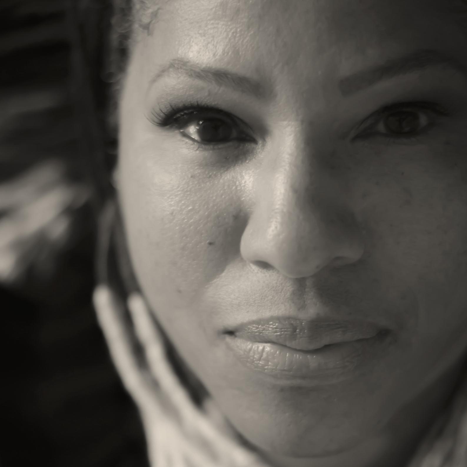 Ayoka Chenzira_portrait_small_bw.jpg