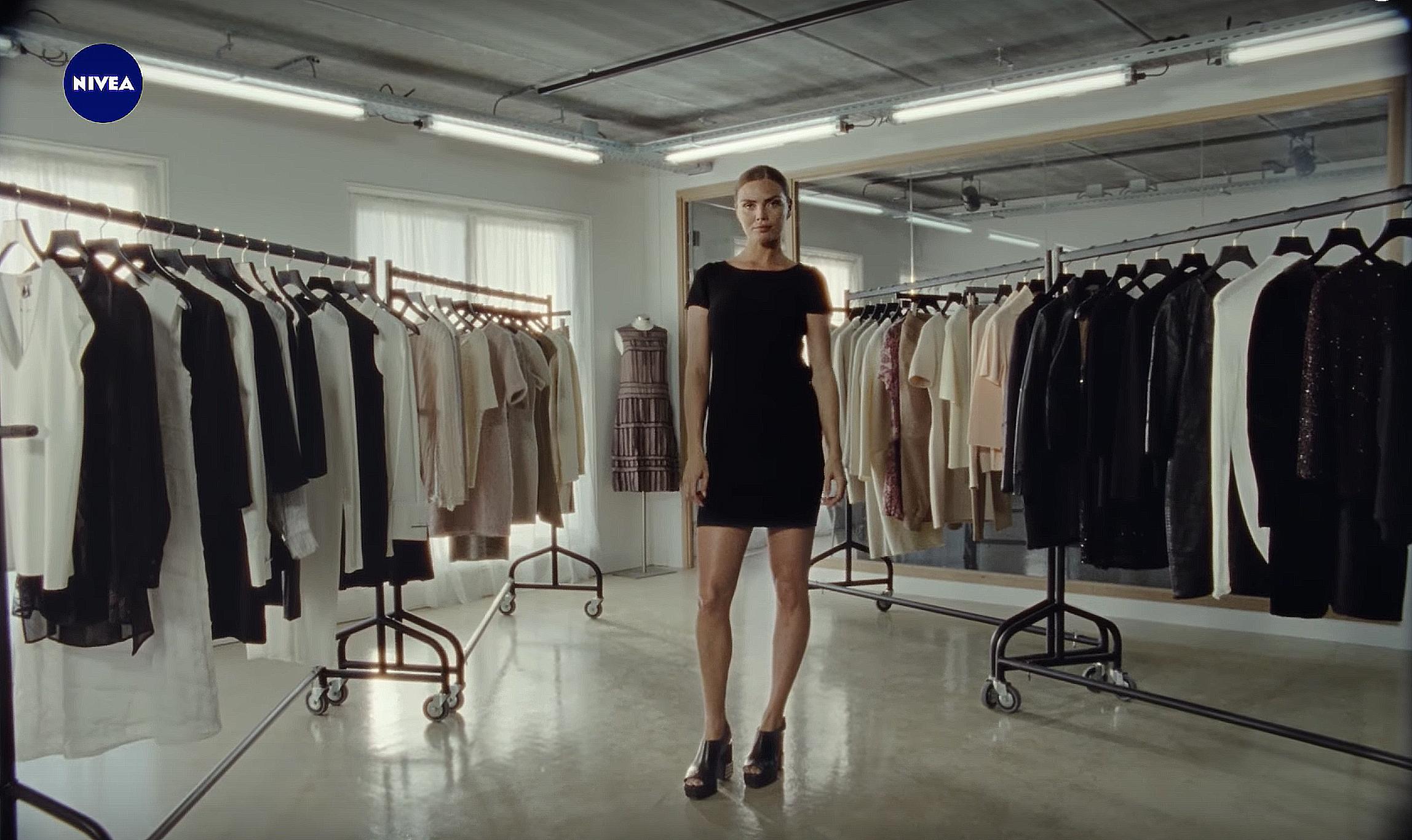 NIVEA - BLACK&WHITE Reversible Dress