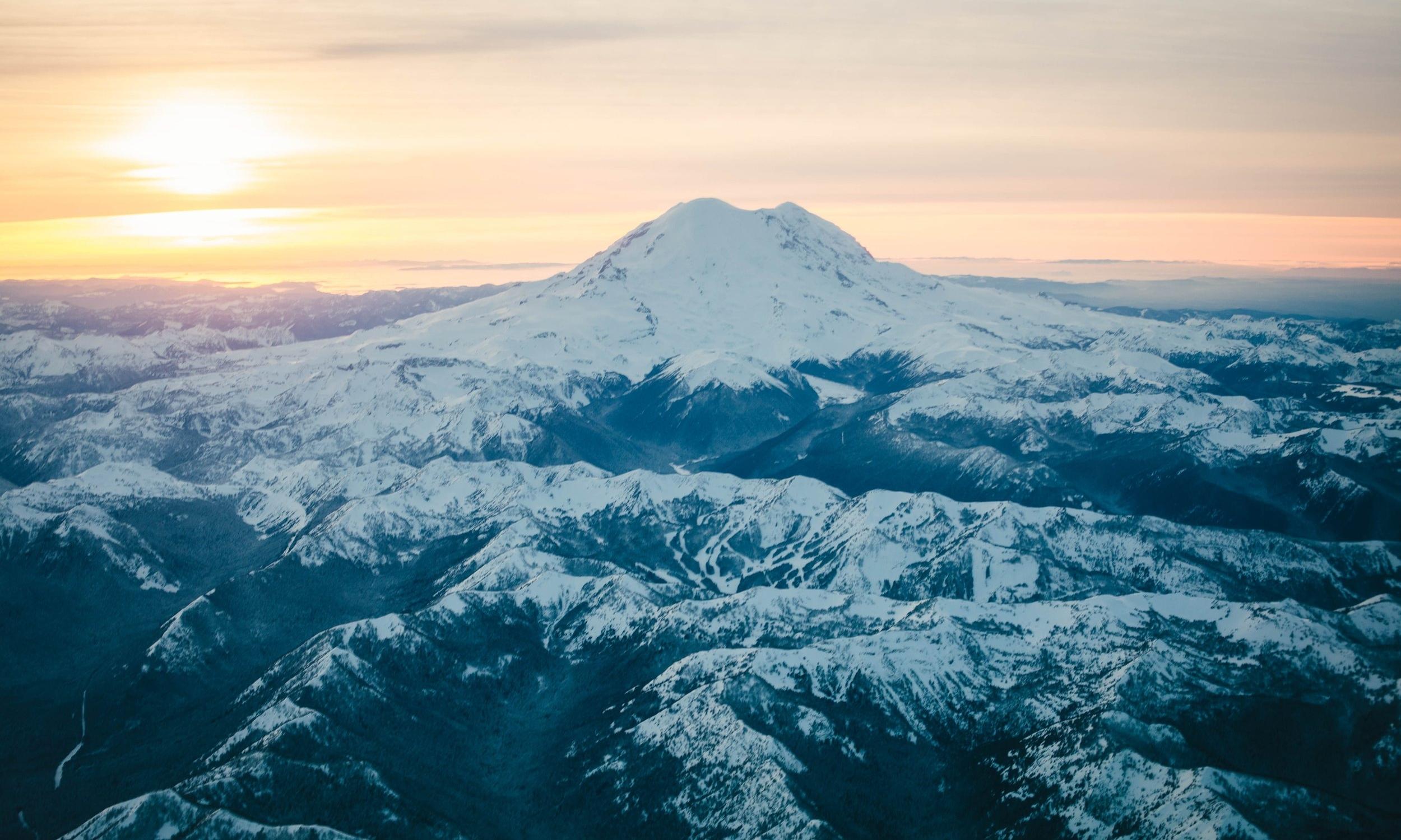mountain-1543309.jpg