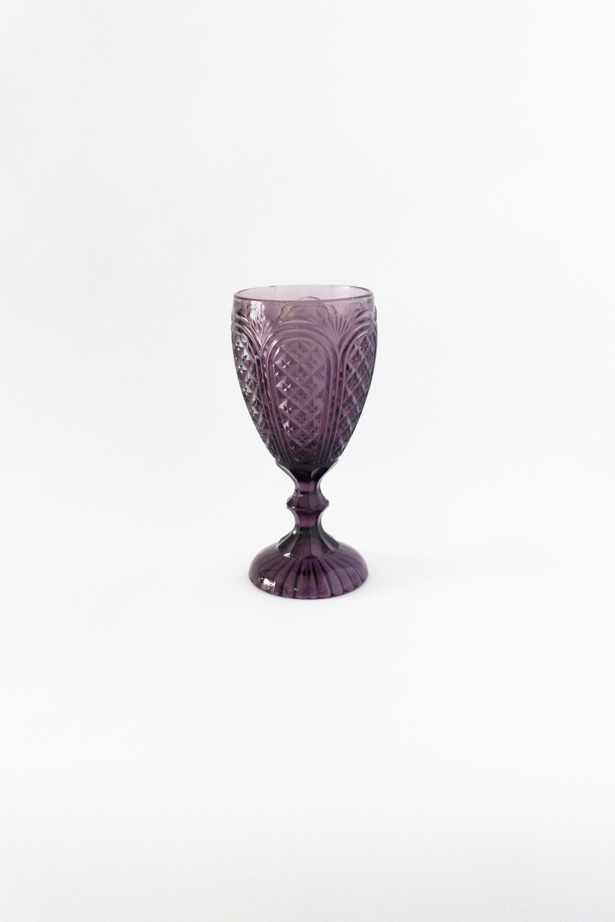 Amethyst Carousel  Goblet  11 oz