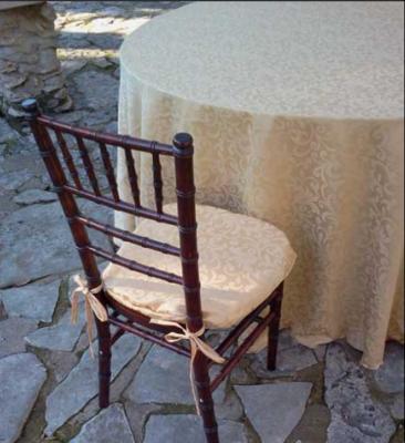 Somerset Damask On Round Table