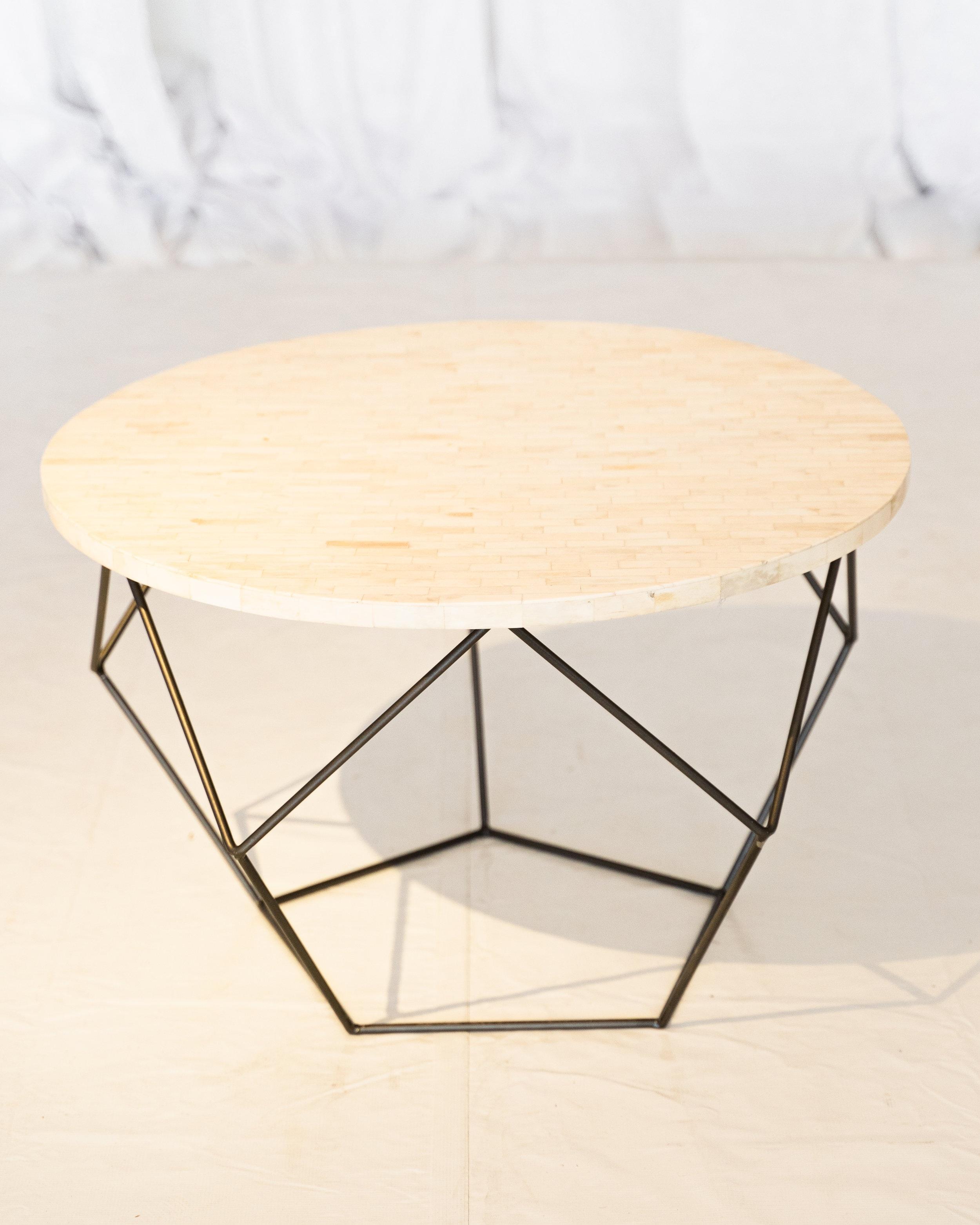 Richard Table -