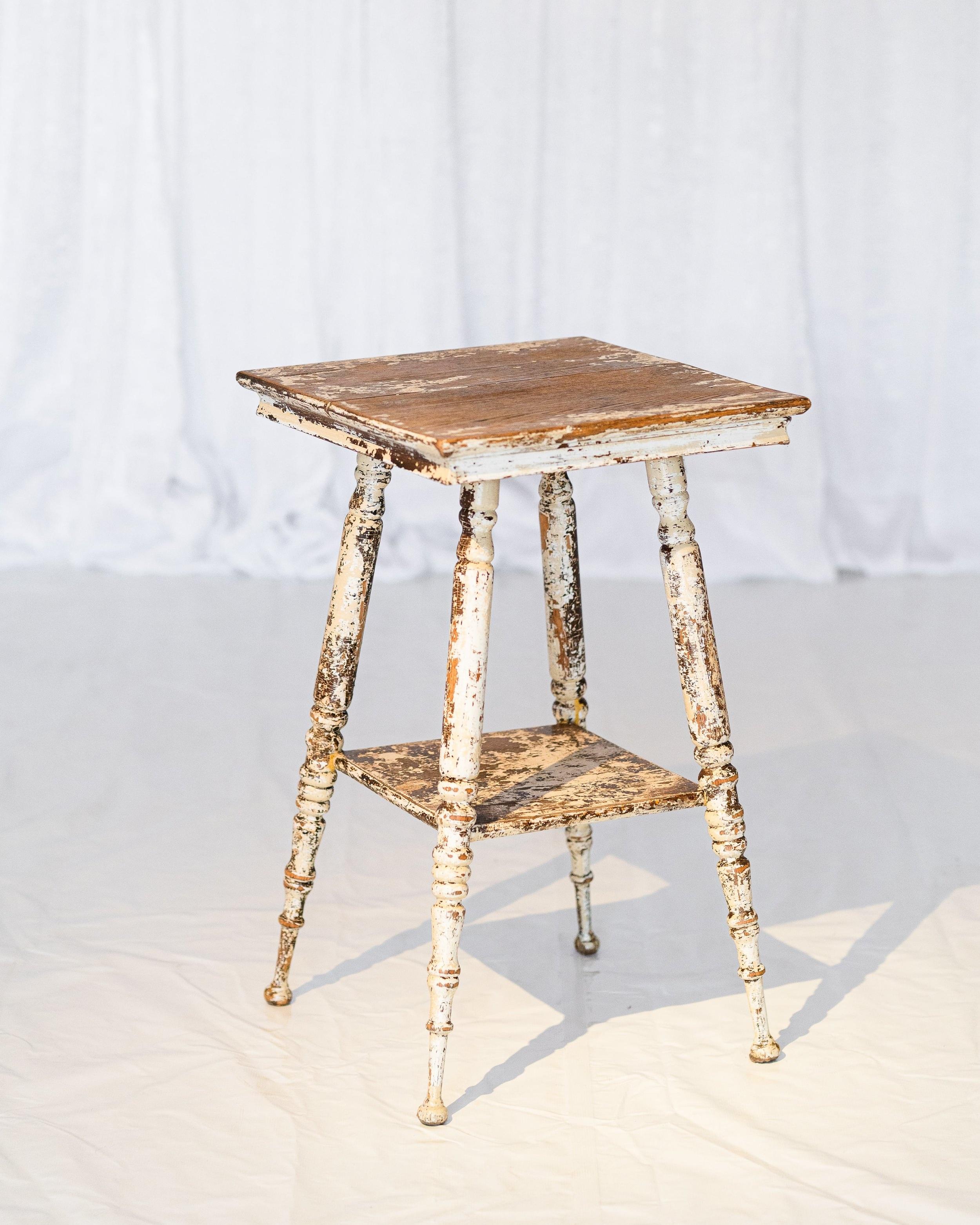 Fleur Table -
