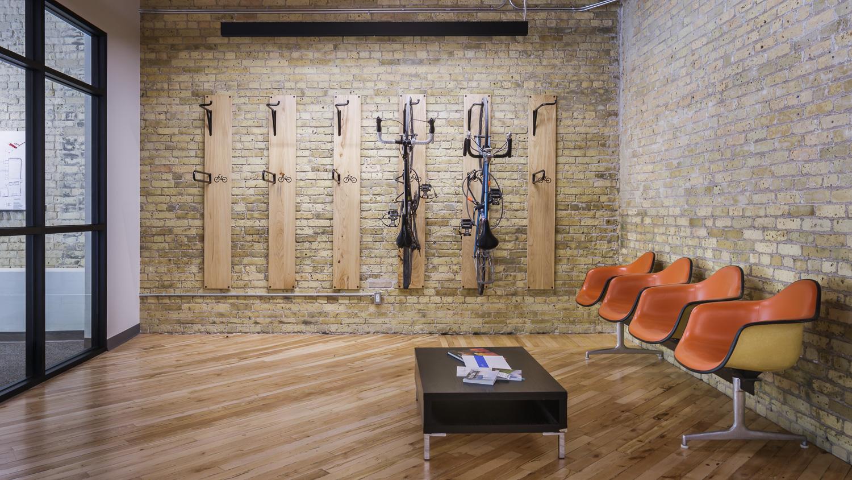 139 Market, interior photo of reception sitting area and bike racks / Photo:  Lindsay Reid