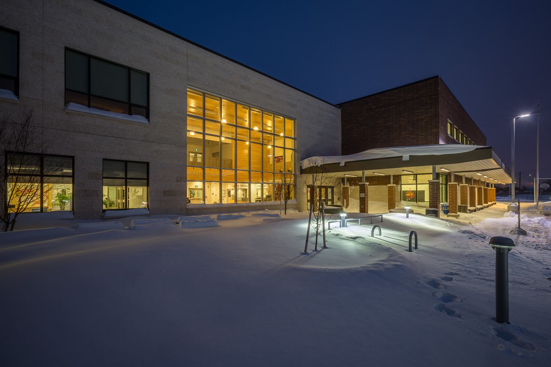 Amber Trails Community School, exterior photo of front entrance / Photo:  Lindsay Reid