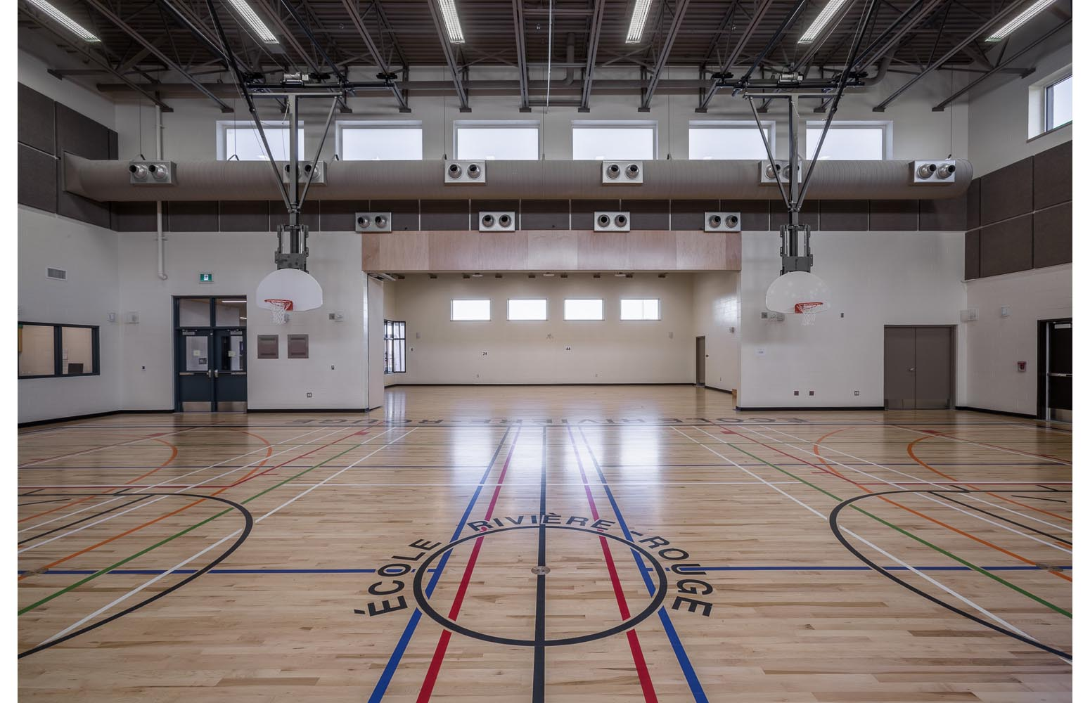 Ecole Rivière Rouge Elementary, interior photo of gymnasium / Photo:  Lindsay Reid