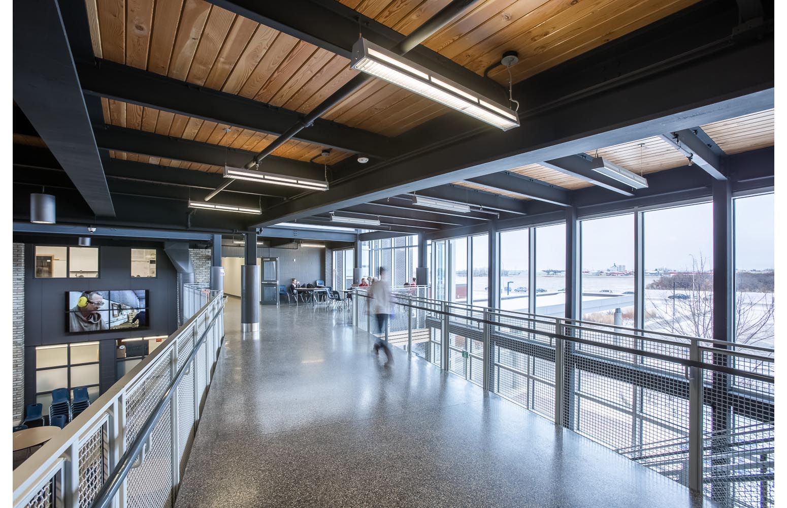 Northlands Parkway Collegiate, interior photo of second floor walkways / Photo:  Lindsay Reid