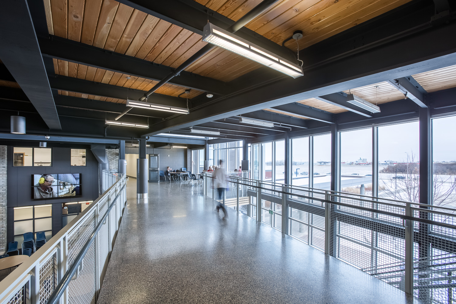 Northlands Parkway Collegiate, interior photo of the second floor walkway / Photo:  Lindsay Reid
