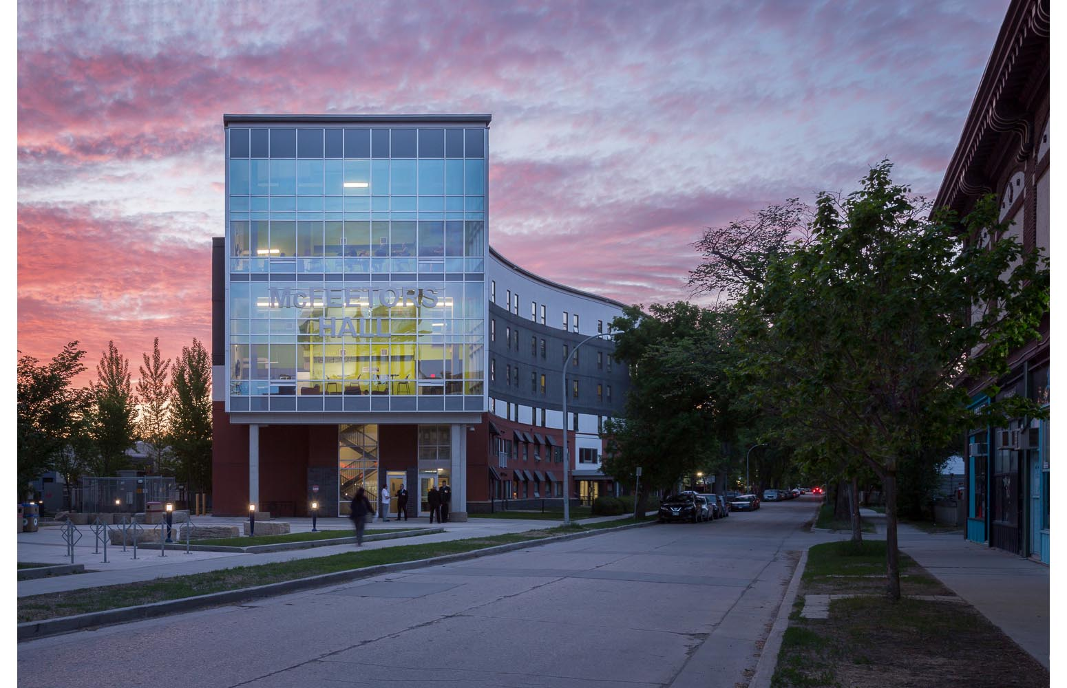 U of W Housing (McFeetor's Hall), exterior photo of building at sunset / Photo:  Lindsay Reid