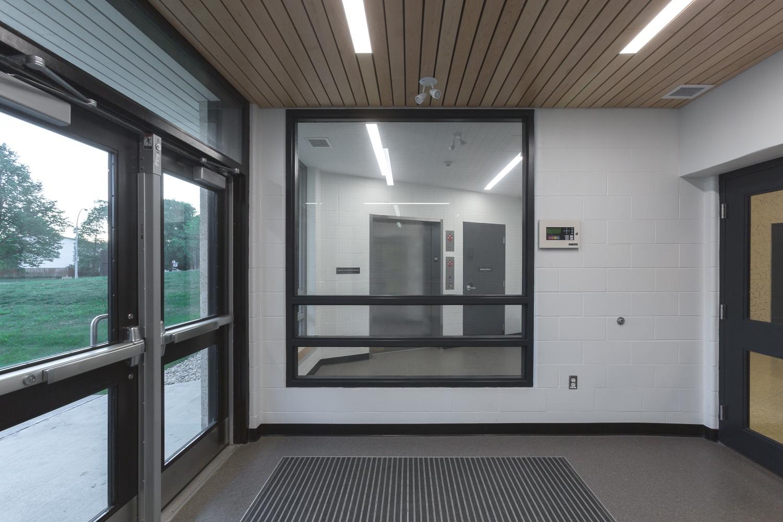 Dalhousie School Elevator Addition, interior of lobby entrance looking towards elevators / Photo:  Lindsay Reid