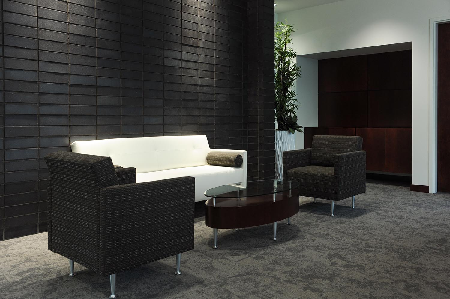 Entegra Credit Union, interior photo of sitting area / Photo: Joel Ross
