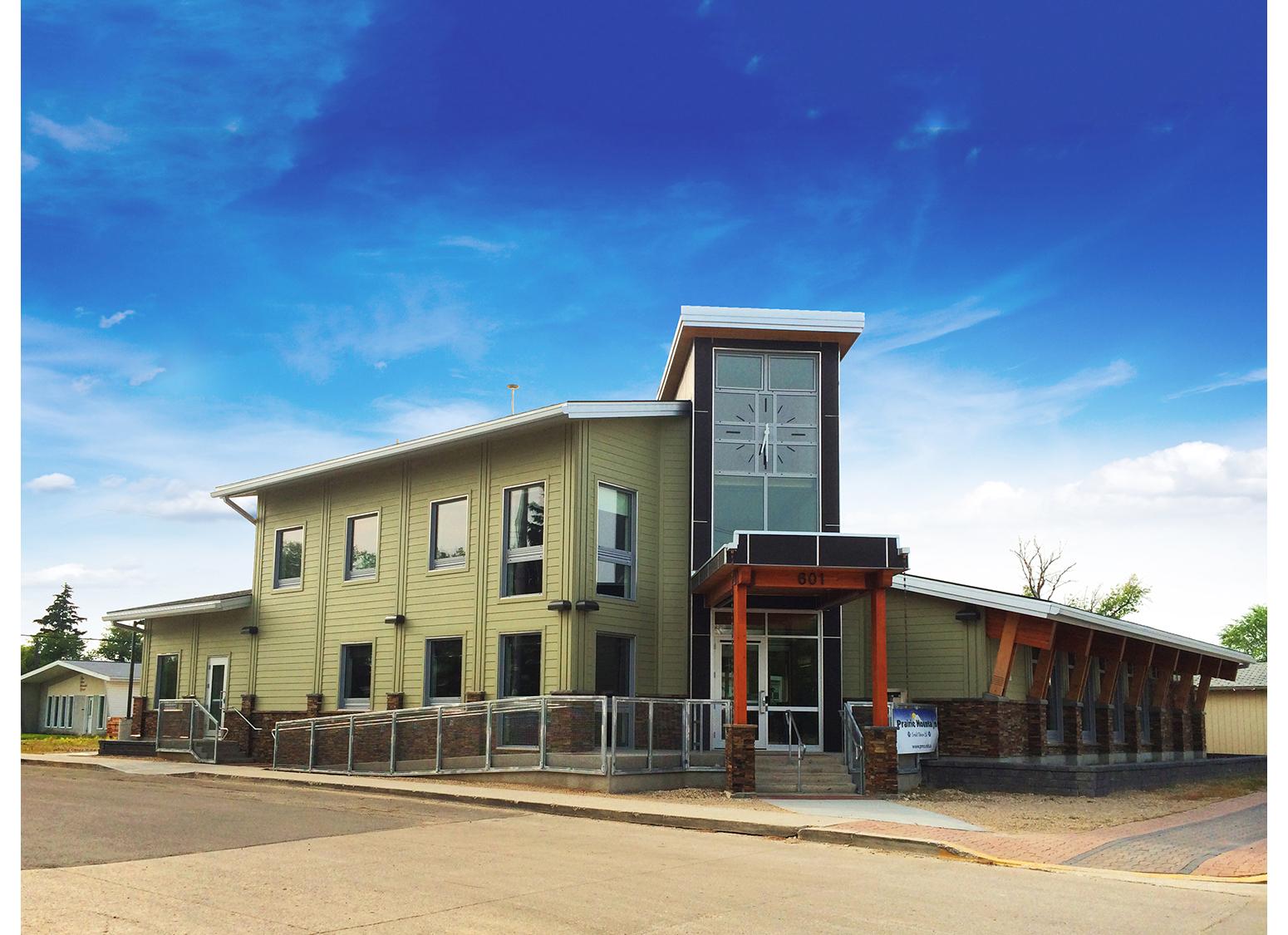 Prairie Mountain Credit Union, exterior photo of building
