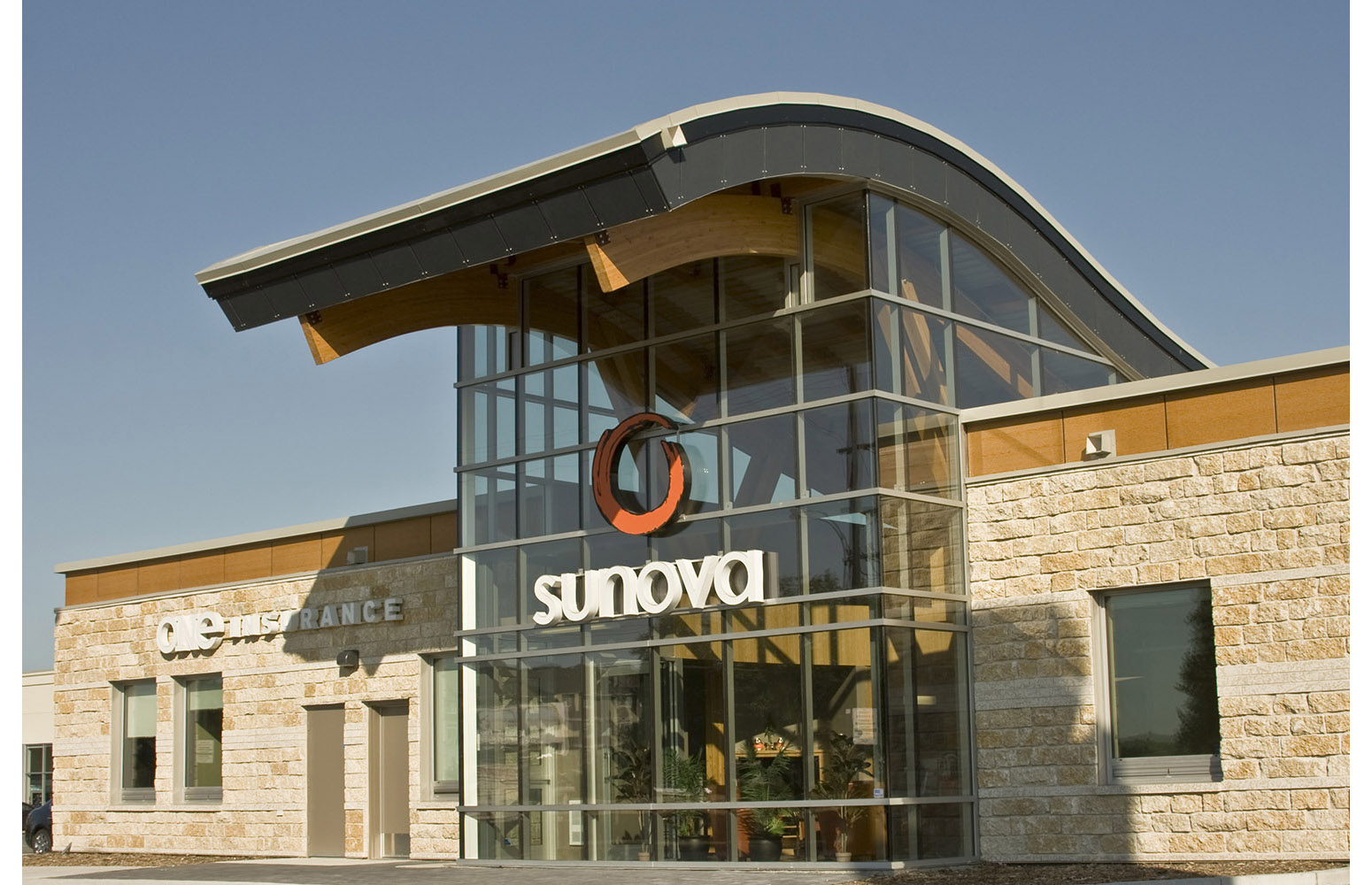 Sunova Credit Union, exterior photo of building entrance / Photo: Tracy A Wieler