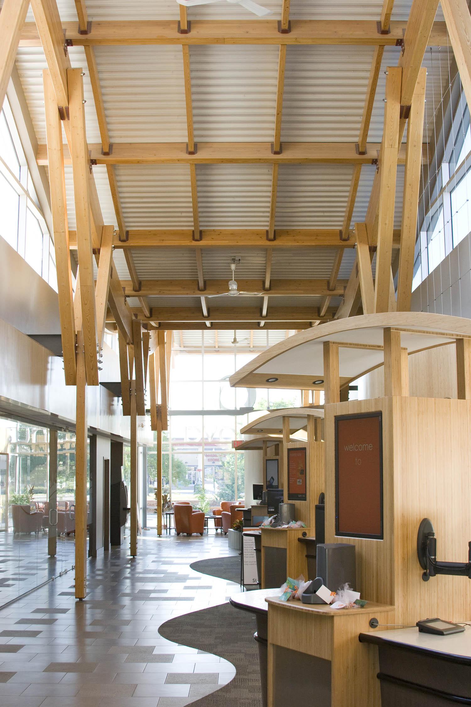 Sunova Credit Union, interior photo of banking hall / Photo: Tracy A Wieler