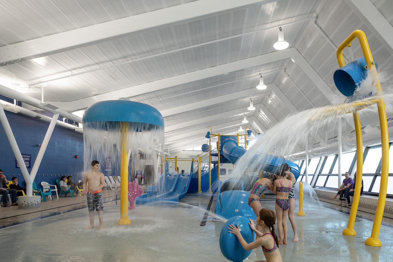 Seven-Oaks-Pool-Interior-5.jpg