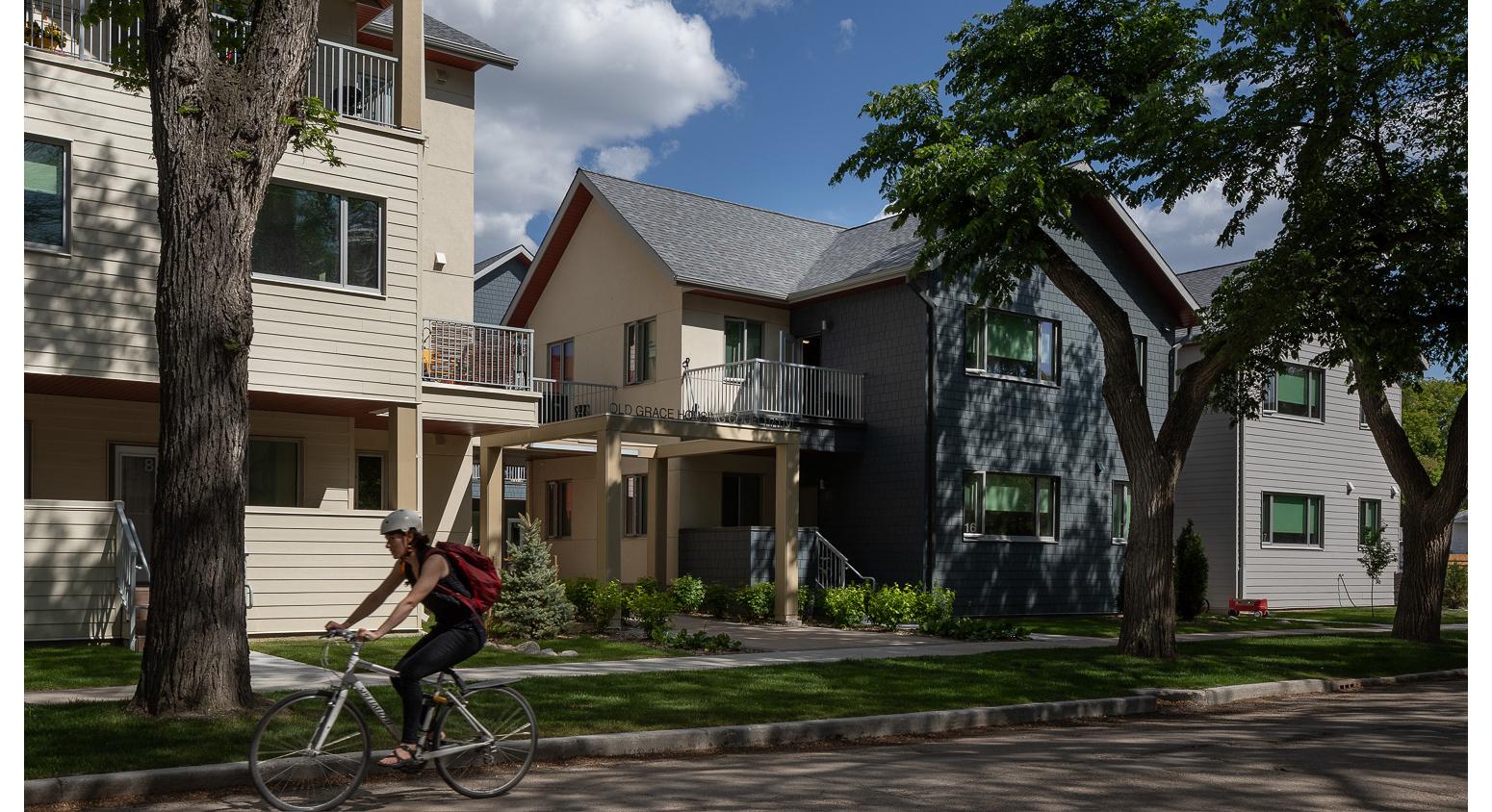Old-Grace-Housing-Coop-ext-evanson-entry.jpg